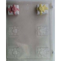 Parcel with Bow Mould